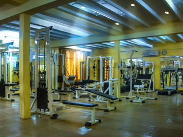 Gymnasium-at-the-Ramada-Katunayake
