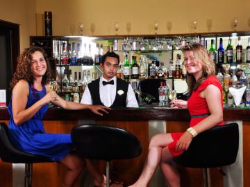 Pina-Colada-Lobby-Lounge-Bar-Ramada-Katunayake-Seeduwa
