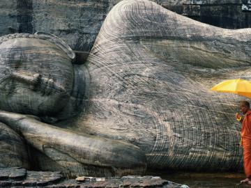 https://www.ramadakatunayake.com/wp-content/uploads/2016/04/Sri-lanka-monuments.jpg