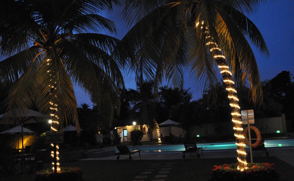 Refreshing-Swim-at-Swimming-Pool-Ramada-Katunayake